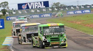 Truck: Roberval Andrade vence e diminui diferença no campeonato