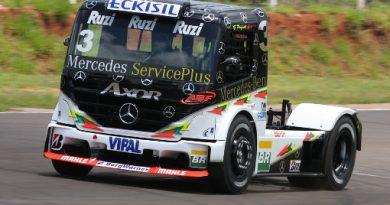 Truck: Piquet larga na primeira fila no Tarumã