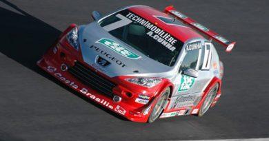 Copa Vicar: Scuderia Tekprom acerta os carros para o treino classificatório