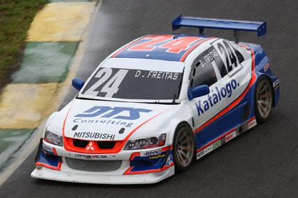 Copa Vicar: Diego Freitas marca a pole em Jacarepaguá