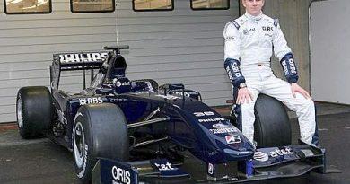 F1: Sem pilotos, Williams apresenta carro para 2009