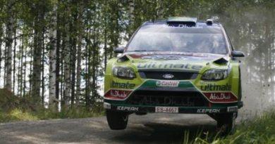 WRC: Jari-Matti Latvala vence na Finlândia