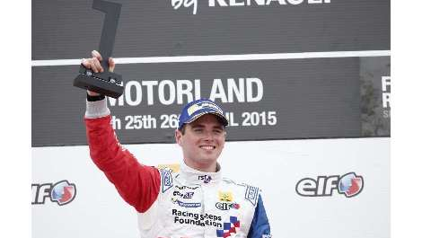 World Series by Renault: Oliver Rowland e Matthieu Vaxiviere vencem na Espanha