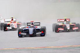 World Series by Renault: Marco Sorensen e Kevin Magnussen vencem em Spa-Francorchamps