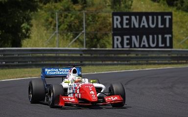 World Series by Renault: Egor Orudzhev e Oliver Rowland vencem em Hungaroring