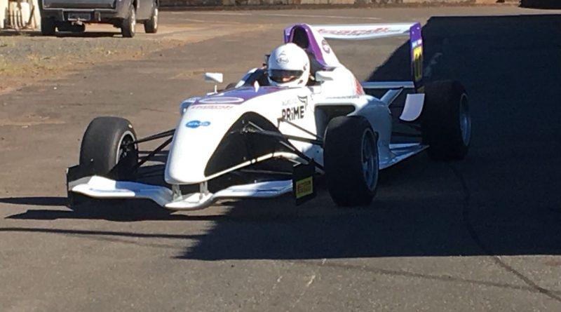 Fórmula Academy Sudamericana: Peixoto e Lopez treinam em Piracicaba