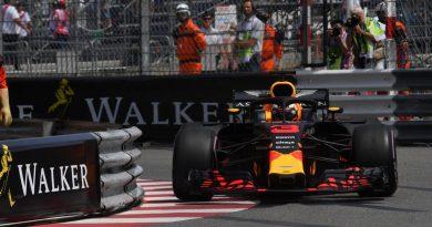 F1: DanielRicciardo domina primeiro dia de treinos em Mônaco