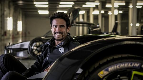 Fórmula-E: Di Grassi é palestrante em evento internacional sobre novas tecnologias