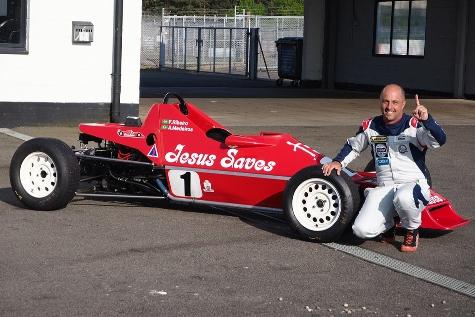 F-Ford 1600 Classic: Mesmo sem apoio, Adriano Medeiros vence em Silverstone