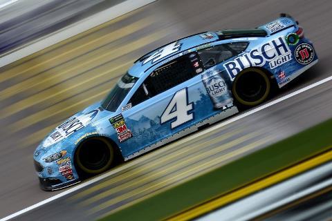 NASCAR Monster Energy Cup Series: Kevin Harvick marca a pole no Kansas