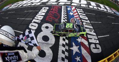 NASCAR XFINITY Series: Brad Keselowski vence em Charlotte