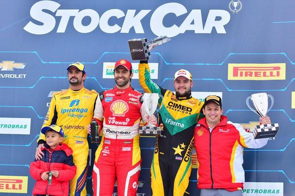 Stock Car: Marcos Gomes e Átila Abreu vencem em Santa Cruz do Sul