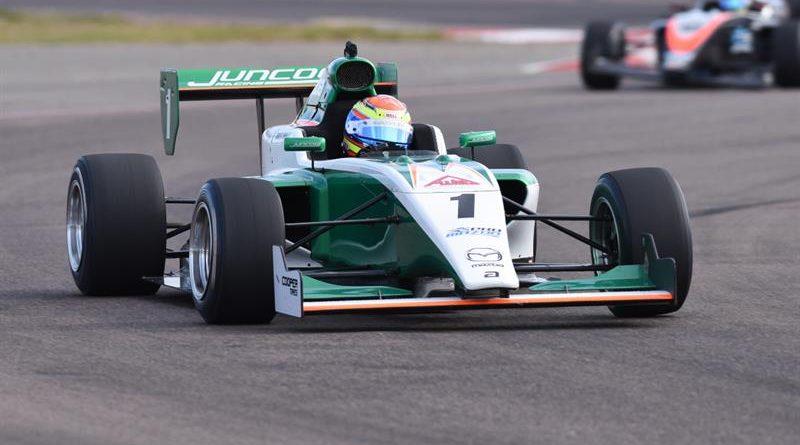 Carlos Cunha Filho se mantém em terceiro na Pro Mazda