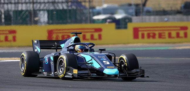 Fórmula-2: Alex Albon e Maximilian Günther vencem em Silverstone