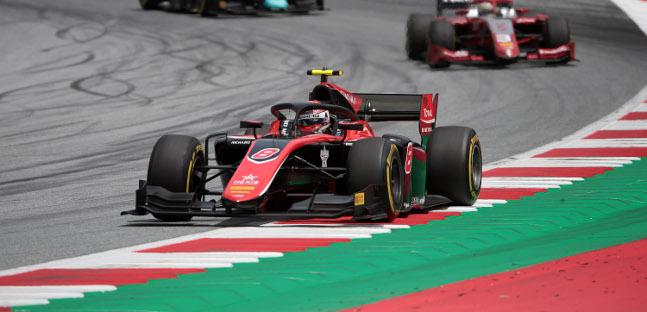 Fórmula-2: George Russell e Artem Markelov vencem na Áustria