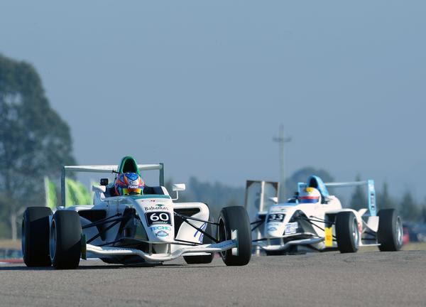 Fórmula Academy Sudamericana: Categoria realiza testes em Londrina