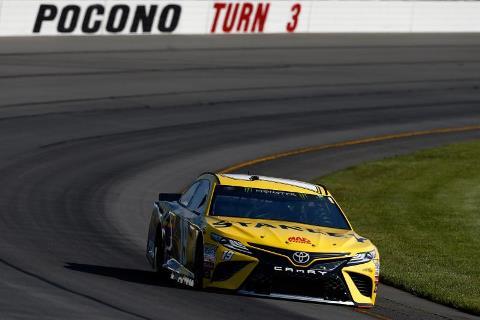 NASCAR Monster Energy Cup Series: Em Pocono Daniel Suarez conquista a sua primeira pole