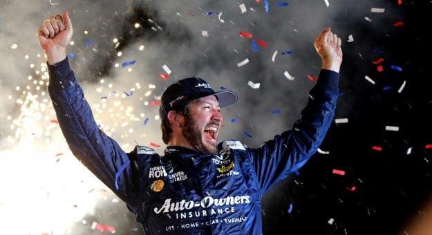 NASCAR Monster Energy Cup Series: Martin Truex Jr. vence no Kentucky Speedway