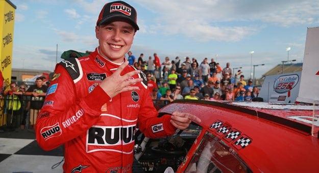 NASCAR XFINITY Series: Christopher Bell vence a prova terceira consecutiva