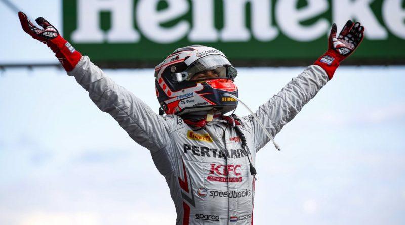 Fórmula 2: Nyck de Vries vence a primeira corrida em Spa