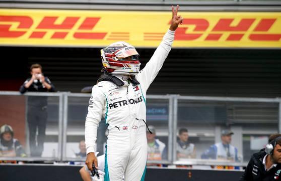 F1: Com chuva Lewis Hamilton marca a pole-position para o GP da Bélgica