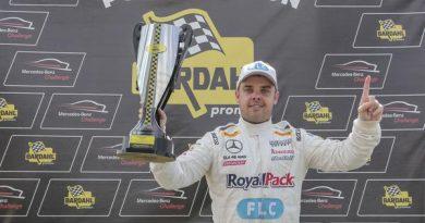 Mercedes-Benz Challenge: Tozzo e Moraes Jr. ficam com as poles no Mercedes-Benz Challenge