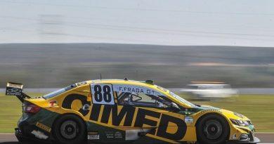 Stock Car: Felipe Fraga marca o melhor tempo no 2º Treino Livre em Londrina