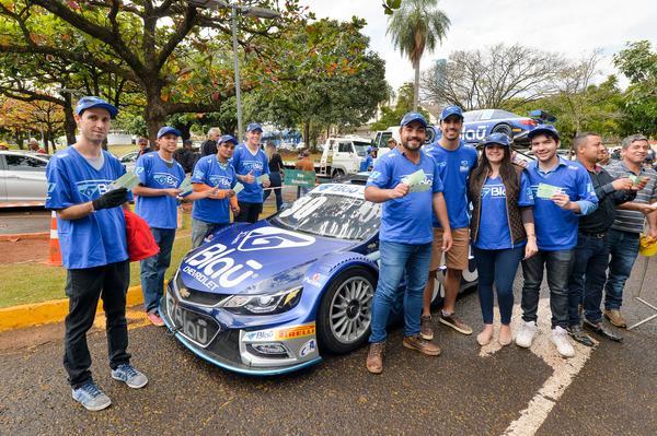 Stock Car: Categoria espanta a chuva e chama o público em Campo Grande