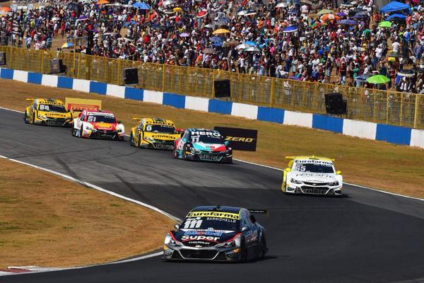 Stock Car: Stock Car atende fãs e volta a Goiânia em novembro