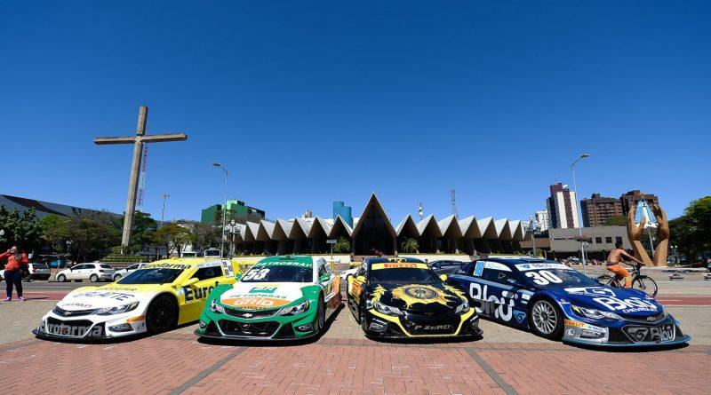 Cascavel recebe a Stock Car no fim de semana; cidade já se agita e público interage