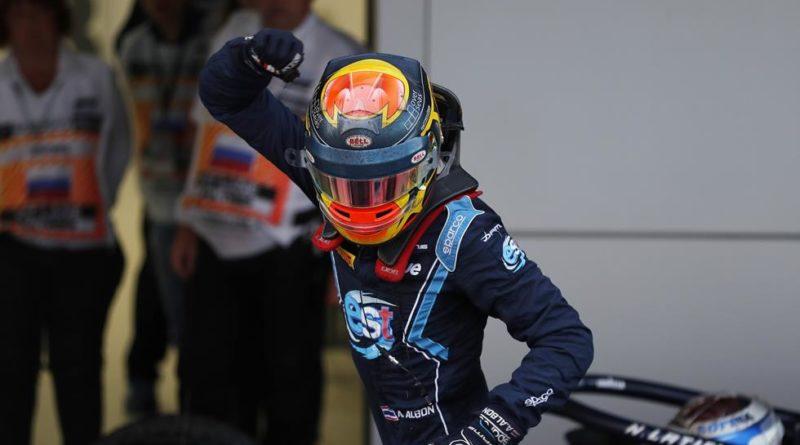 Fórmula 2: Alexander Albon vence primeira corrida na Rússia