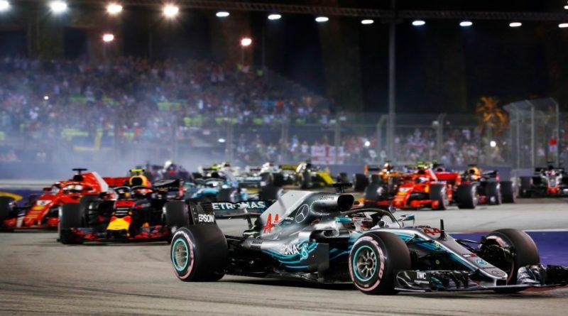 F1: Charlie Whiting vê como improvável terceiro carro por equipe
