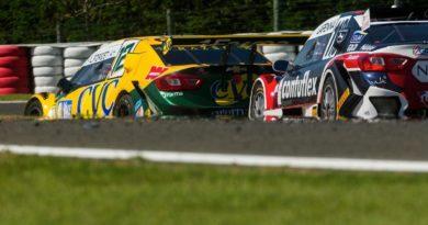 Stock Car: Duas pancadas na traseira acabam com etapa de Lucas Foresti no Velocittà