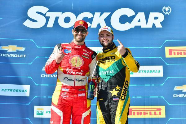 Stock Car: Felipe Fraga e Átila Abreu vencem no Vello Città