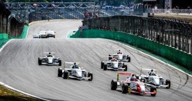 Fórmula Academy: Lopes e Guedes vencem a etapa de Interlagos
