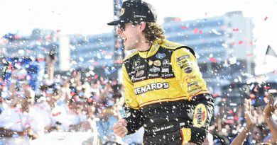 "NASCAR Monster Energy Cup Series: Ryan Blaney vence no ""Roval"" de Charlotte"