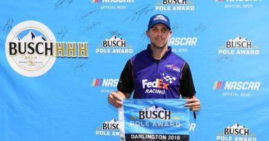 NASCAR Monster Energy Cup Series: Denny Hamlin marca a pole em Darlington