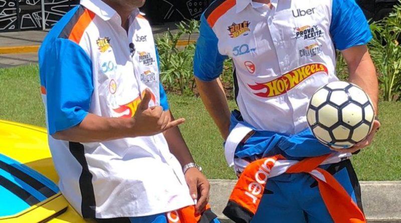 Lucas Foresti e Ronaldinho Gaúcho realizam ação com Uber e Hot Wheels
