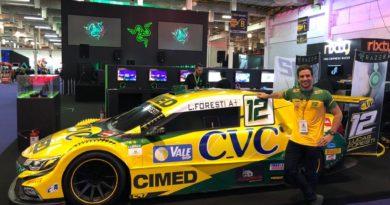 Lucas Foresti simula Stock Car no mundo dos games