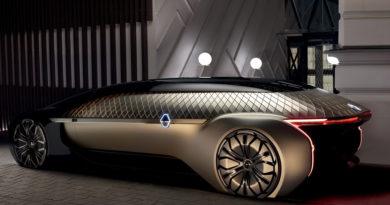 Renault EZ-ULTIMO: Um robô-veículo que abre caminho para um serviço de mobilidade premium