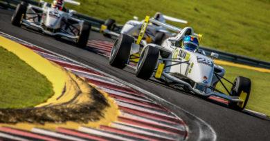 Após 9 anos, Bruno Testa retorna ao automobilismo na Fórmula Academy Sudamericana