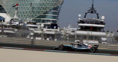 F1: Hamilton lidera o 3º Treino Livre em Abu Dhabi