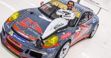 Piloto da RCHLO Racing adota carro jeans em homenagem ao ídolo Ayrton Senna