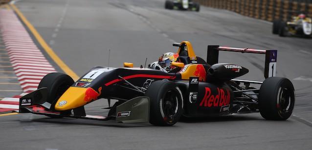 F3 Macau: Dan Ticktum vence pelo segundo ano consecutivo. Prova é marcada por forte acidente