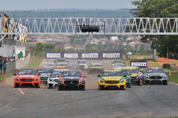 Mercedes-Benz Challenge: Campeonato define quatro campeões em Curitiba