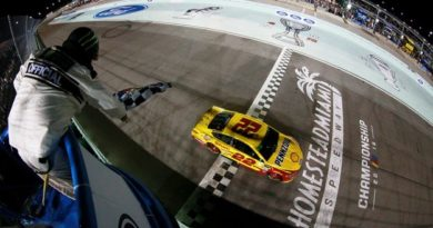 NASCAR Monster Energy Cup Series: Joey Logano vence em Homestead e conquista o título de 2018