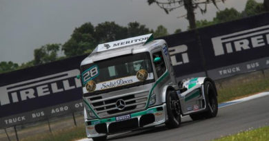 Copa Truck: Dirani domina sexta-feira marcada pela chuva em Curitiba