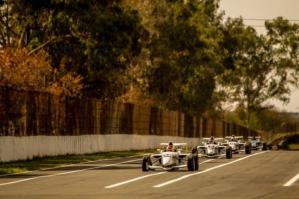 Fórmula Academy Sudamericana: Campeonato realiza a quinta etapa em Londrina