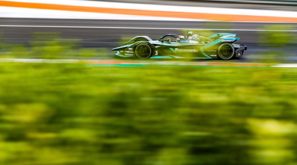 Fórmula-E: Primeiro campeão, Nelsinho Piquet inicia temporada com carro mais forte