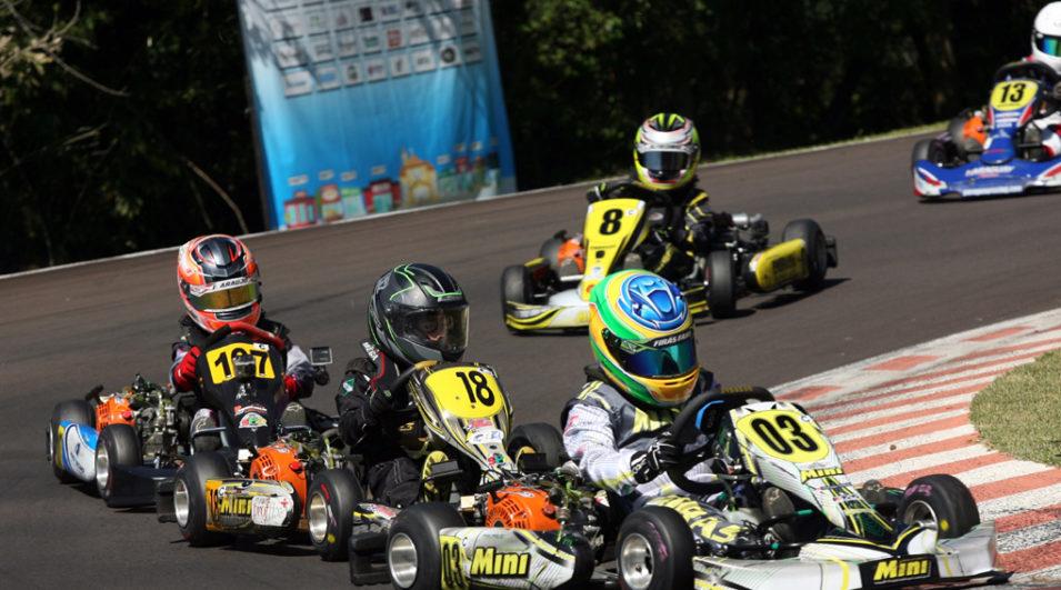 Kart: Firás Fahs inicia a temporada na 1ª etapa do Metropolitano de Cascavel